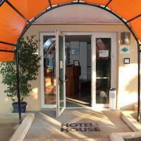 Hotel House, hotell i Castenaso