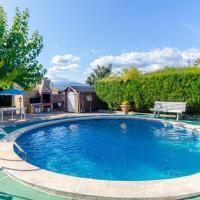 Vallcanera Villa Sleeps 5 Pool