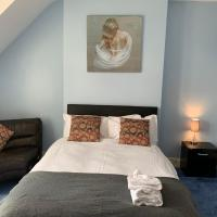 Spacious Apartment Ideal for Contractors with parking in Iffley, Oxford by BedsAway
