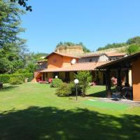 Malva Nuova Squarcia Villa Sleeps 10 with Pool and WiFi