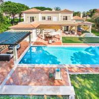 Ludo Villa Sleeps 8 with Pool Air Con and WiFi