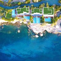 Grand Resort Lagonissi, отель в Лагонисси