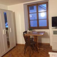 Flumenthal Zimmer 1, hotel em Attiswil