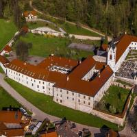 Samostan Mekinje, hotel in Kamnik