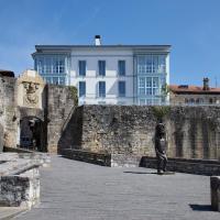 Hondarribia Suites, hôtel à Fontarrabie près de: Aéroport de Saint-Sébastien - EAS