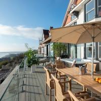 Saint Leonards-on-Sea Villa Sleeps 11 with WiFi, hotel in Hollington