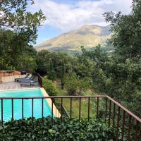Feliceto Villa Sleeps 8 with Pool Air Con and WiFi
