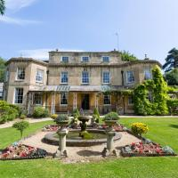 Dursley Chateau Sleeps 18 Pool WiFi, hotel in Dursley