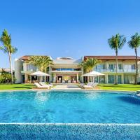 El Caleton Villa Sleeps 12 with Pool Air Con and WiFi