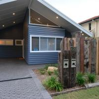 Sawtell Beach Shack 1