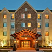 Staybridge Suites Glenview, hotel in Glenview