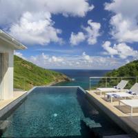 Cap Estate Villa Sleeps 8 with Pool Air Con and WiFi, hotel in Cap Estate