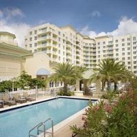 New apartment in Casa Costa Luxury condo BEACH PASS INCLUDED, hotel in Boynton Beach