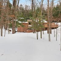 Birchwood: Relaxing Northern Lodge, hotel in Harbor Springs