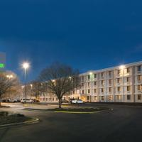 Holiday Inn Charlotte Airport, hotel near Charlotte Douglas International Airport - CLT, Charlotte