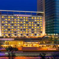 Crowne Plaza Ahmedabad City Centre, an IHG Hotel, hotel in Ahmedabad