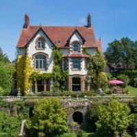 Chulmleigh Chateau Sleeps 24 Pool WiFi