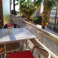 ENCANTADOR apartamento frente a la playa de Bara, hotel in Roda de Bará