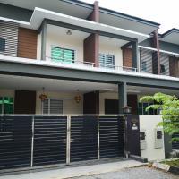 Pearl Avenue Home Stay, hotel near Kuching Airport - KCH, Padawan