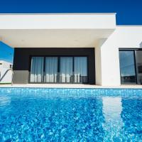 Ocean Villa - Holiday House - By SCH