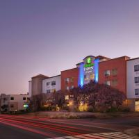 Holiday Inn Express Hotel & Suites Belmont, an IHG Hotel, hotel in Belmont