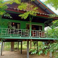 Baan Moonchan House, hotel in Chaloklum