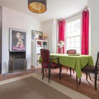 Highbury Hill room