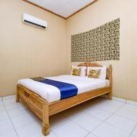 OYO 2430 Lisshaffa Homestay, hotel in Karimunjawa