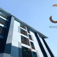 J & L Residence and Spa