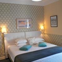 Hotel Relais Du Postillon, hotel in Antibes