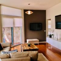 Exclusive Anglesea River Beach Apartment, hotel in Anglesea