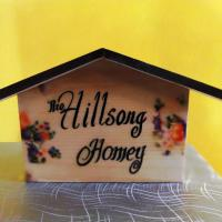 The Hillsong Homey