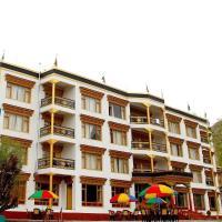 THE GRAND CHUBI HOTEL LEH, hotel in Leh