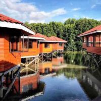 gayang friendly water house homestay, hotel in Kota Kinabalu