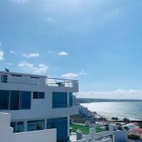 Exclusivo Penthouse frente al mar con acceso a la playa - Club Privado en Manta, hotel em Manta