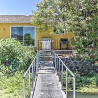 Wine Country Oasis with Waterfront Terrace and Dock!, hotel in Clearlake Oaks