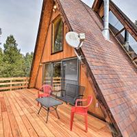 A-Frame Cabin with Mtn Views - 4 Mi to Cripple Creek!, hotel in Cripple Creek