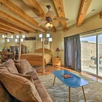 Cozy Corrales Studio w/ Mtn. Views Near Santa Fe!, hotel in Corrales