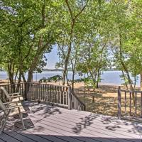 Lakefront Lake Pepin Cottage w/Deck-Steps to Beach