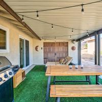 Rustic Home w/ Grill+Views - 4 Mi. to Joshua Tree!