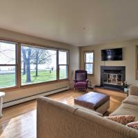 Charming Neenah House with Porch on Lake Winnebago!, hotel in Neenah