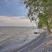 Tranquil Studio with Private Beach on Lake Champlain!