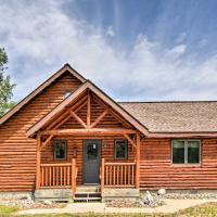 Rapid River Log Cabin with Loft on 160 Scenic Acres!, hotel in Gladstone
