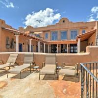 Luxurious Los Cerrillos Hillside Villa with Views!, hotel in Cerrillos