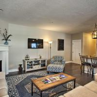 Coeur d'Alene Townhome Near Sherman Ave with Parking!