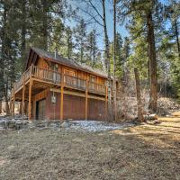 'Reed Cabin' with Deck - 3 Miles to Ski Cloudcroft!