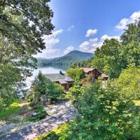 Luxury Lake Santeetlah Home with Deck, Walk to Marina, hotel in Robbinsville