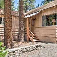 'Rustic Acorn' Cabin with Deck, Walk to Downtown!, hotel in Wrightwood