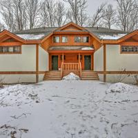 Boyne Falls Townhome with Forest Views-Walk to Lifts!, hotel in Boyne Falls
