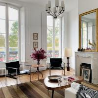 Luxury apartment on the Seine, Best view of Notre-Dame
